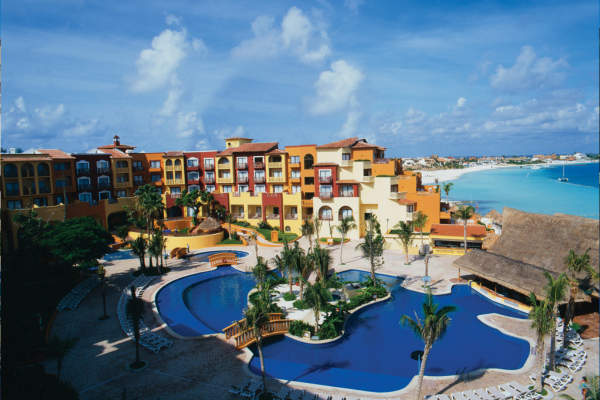 hotel fiesta inn cancun: