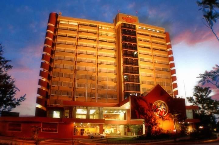 Hotel las americas guatemala guatemala pricetravel - Hotel las gaunas en logrono ...