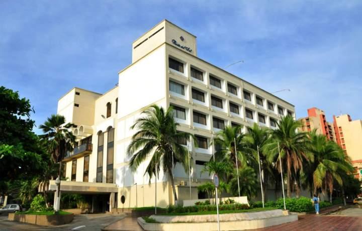 Hotel city house puerta del sol barranquilla colombia for Resort puertas del sol precios