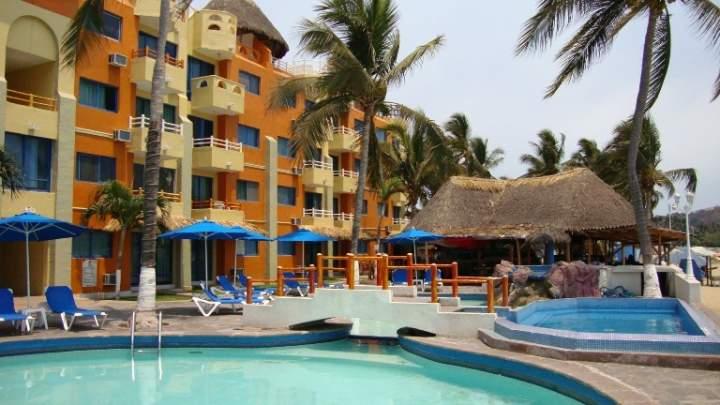 Marina puerto dorado all inclusive suite resort hotel manzanillo marina puerto dorado all inclusive suite resort hotel manzanillo mexico pricetravel sciox Gallery