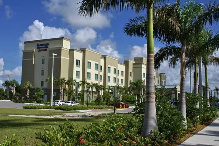 Hotel Fairfield Inn Suites Fort Lauderdale Airport Cruise Port Dania Beach Estados Unidos De América Habitaciones Y Tarifas Pricetravel