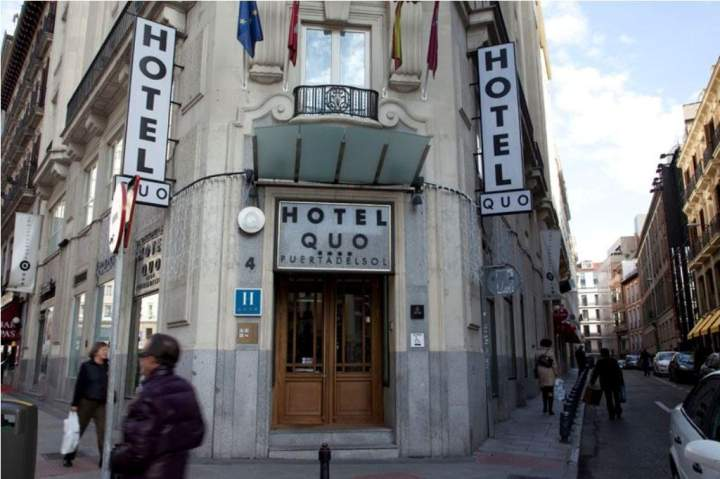 Hotel quatro puerta del sol madrid espa a pricetravel for Puerta del sol madrid mapa