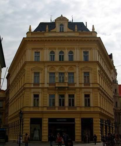 Ventana hotel prague praga rep blica checa pricetravel for Ventana hotel prague