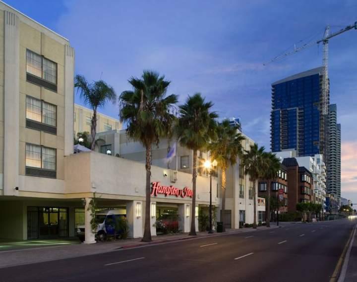 hotel hampton inn san diego downtown estados unidos de. Black Bedroom Furniture Sets. Home Design Ideas