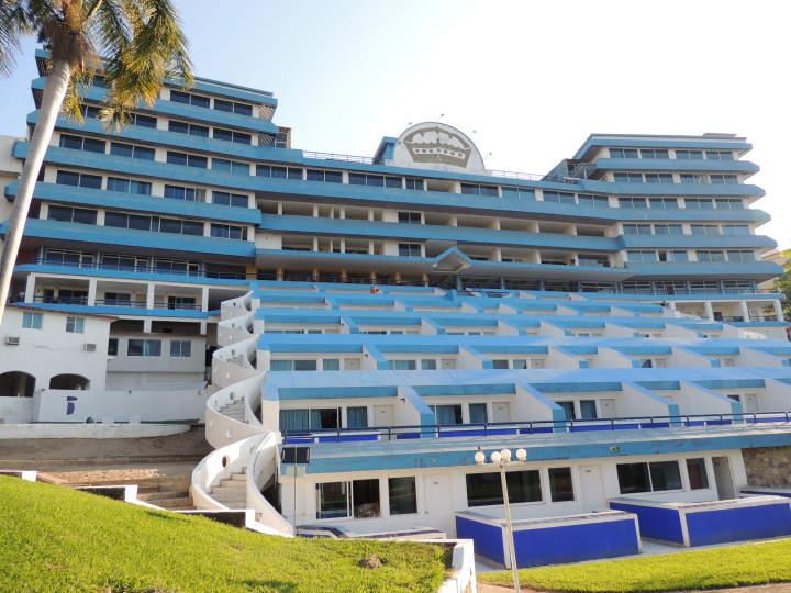 Hotel aristos majestic acapulco m xico pricetravel for Hotel agrustos