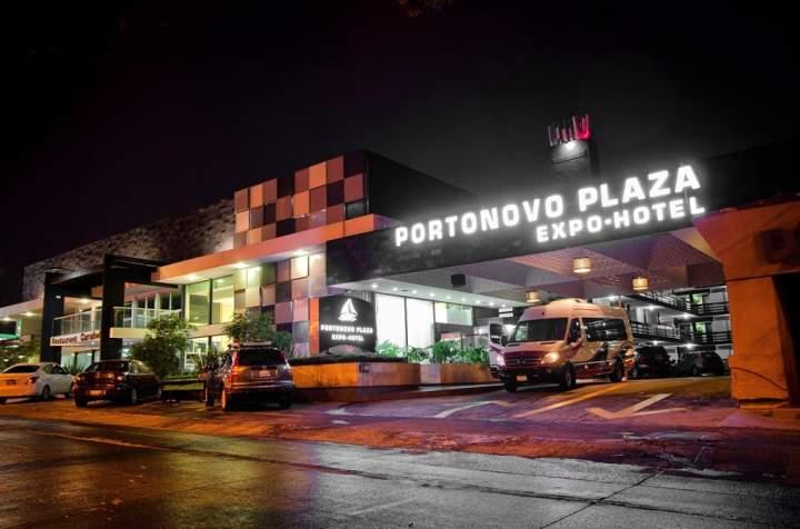 Portonovo Plaza Guadalajara Hotel