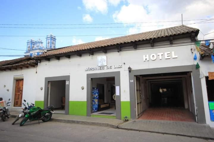 Hotel jardines de luz san crist bal m xico pricetravel for Jardin de luz