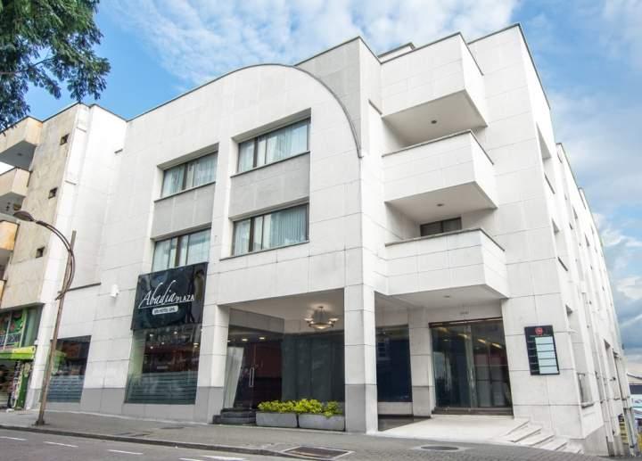 Ghl Hotel Abadía Plaza, Pereira, Colombia  Pricetravel. The Croft Hotel. Royal Hotel. Snow Dragon Chalet. Angelos Home & Hotel New House. Chic+Chill @ Eravana Hotel. FuramaXclusive Sukhumvit Hotel. Sunshine Coast Resort. Hilton Barcelona Hotel