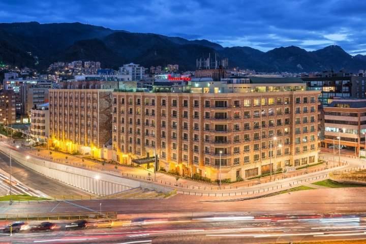 Casa dann carlton hotel spa bogot colombia pricetravel - Hotel casa dann carlton ...