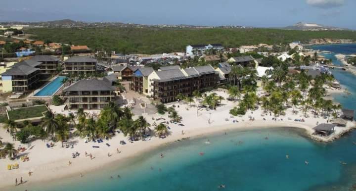 Hotel Lions Dive Beach Resort Willemstad Curazao Servicios Pricetravel