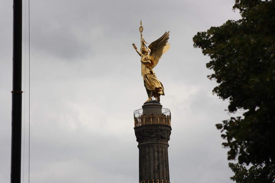 Columna de la Victoria situada en el centro de Berlín