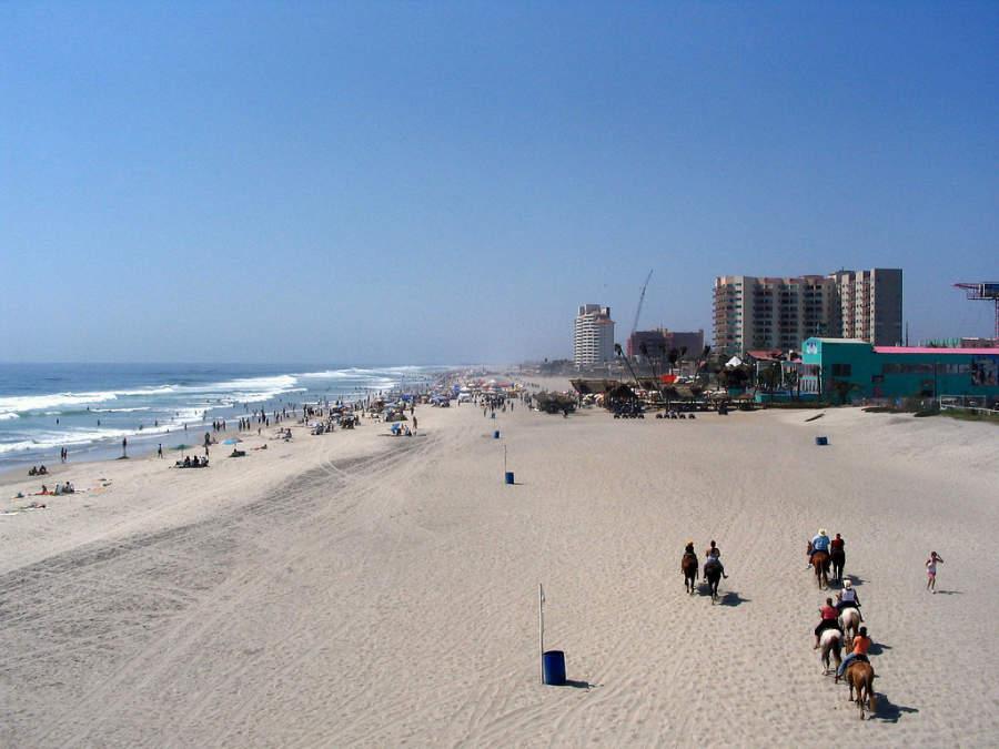 El principal atractivo de Rosarito son sus playas