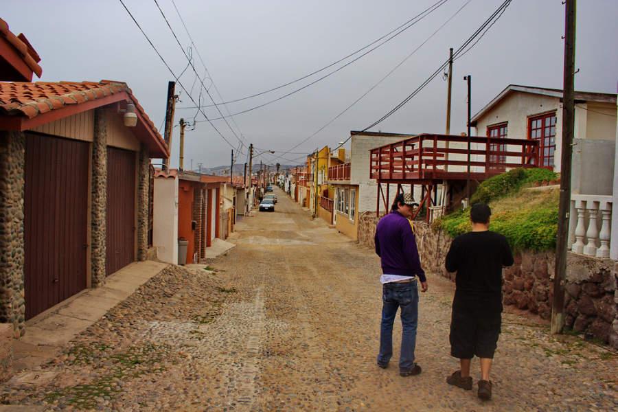 Calle en una colonia de la ciudad de Rosarito
