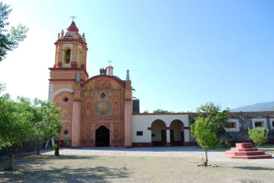 Misión franciscana en Concá, a las afueras de Arroyo Seco