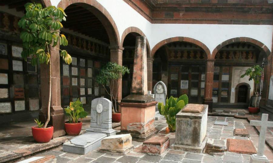 En tu recorrido por San Juan del Río no puedes dejar de conocer el Museo de la Muerte