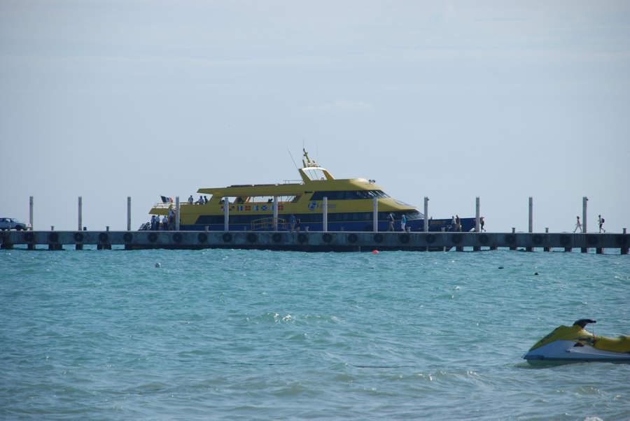 Desde Playa del Carmen se puede tomar un ferry para ir a Cozumel