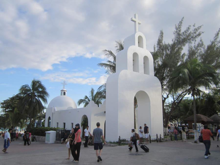 Capilla de Nuestra Señora del Carmen en Playa del Carmen