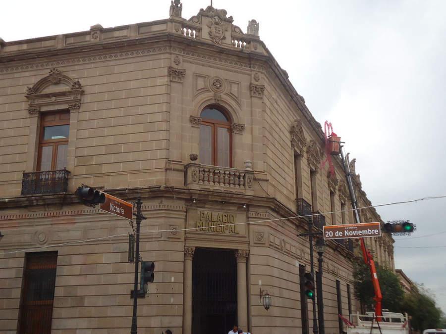 Vista exterior del Palacio Municipal de Durango