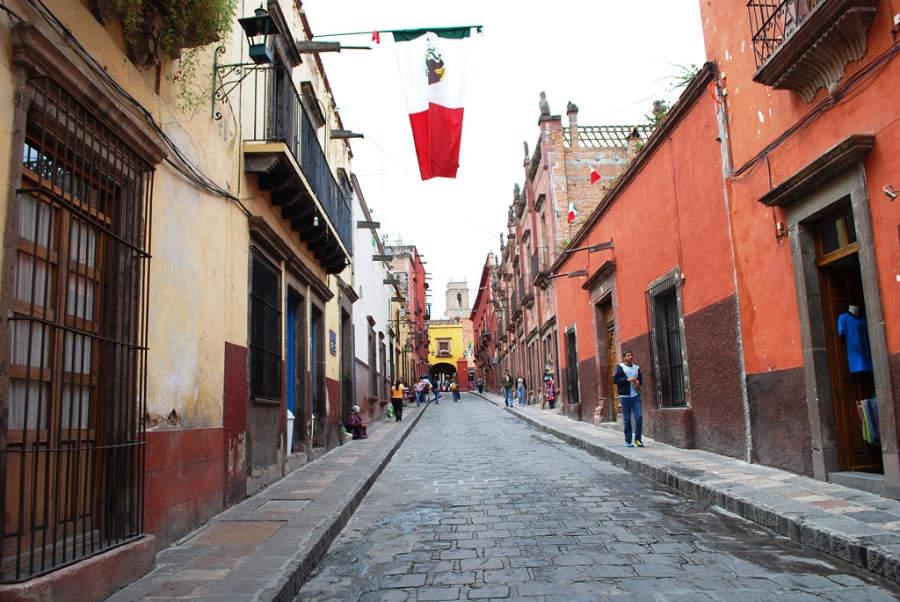 San Miguel de Allende tiene calles empedradas
