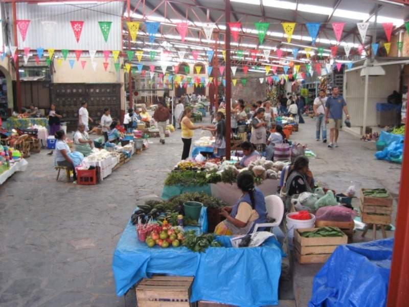 Pasillo de uno de los mercados de San Miguel de Allende