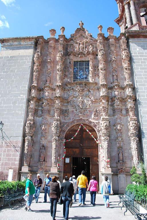 Fachada ornamentada del Templo de San Francisco en San Miguel de Allende