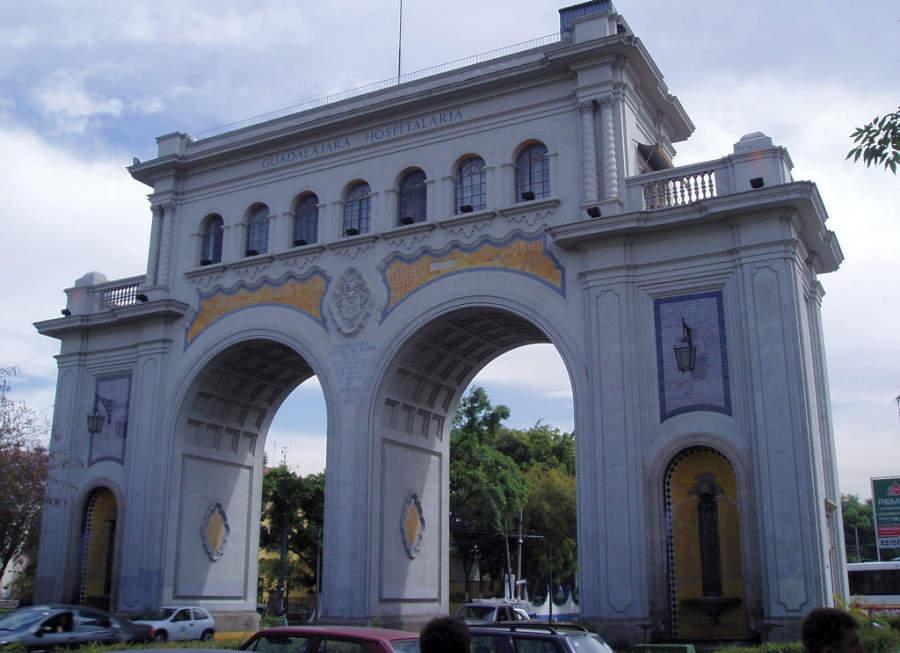 Los Arcos sobre la avenida Vallarta en Guadalajara