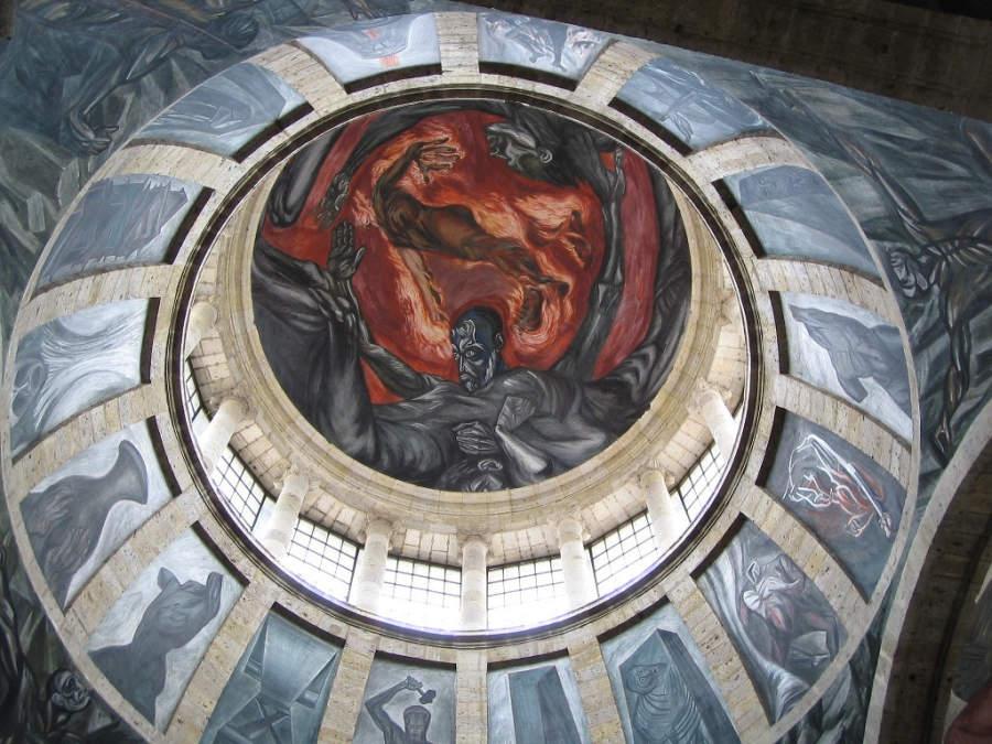 El Hombre de Fuego, mural de José Clemente Orozco en la cúpula del Hospicio Cabañas