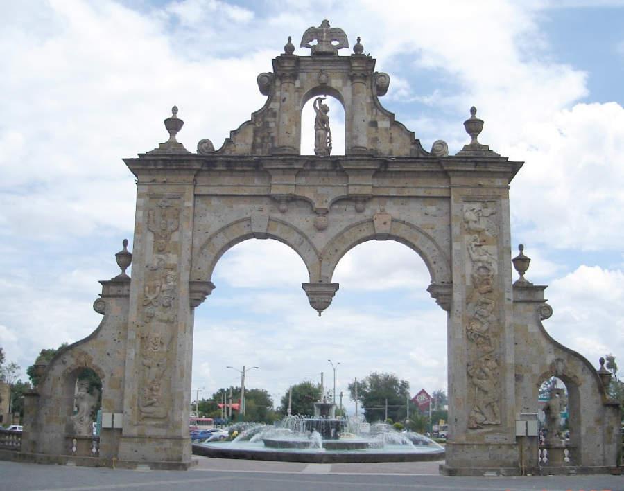 Los Arcos, estructura en la entrada a Zapopan