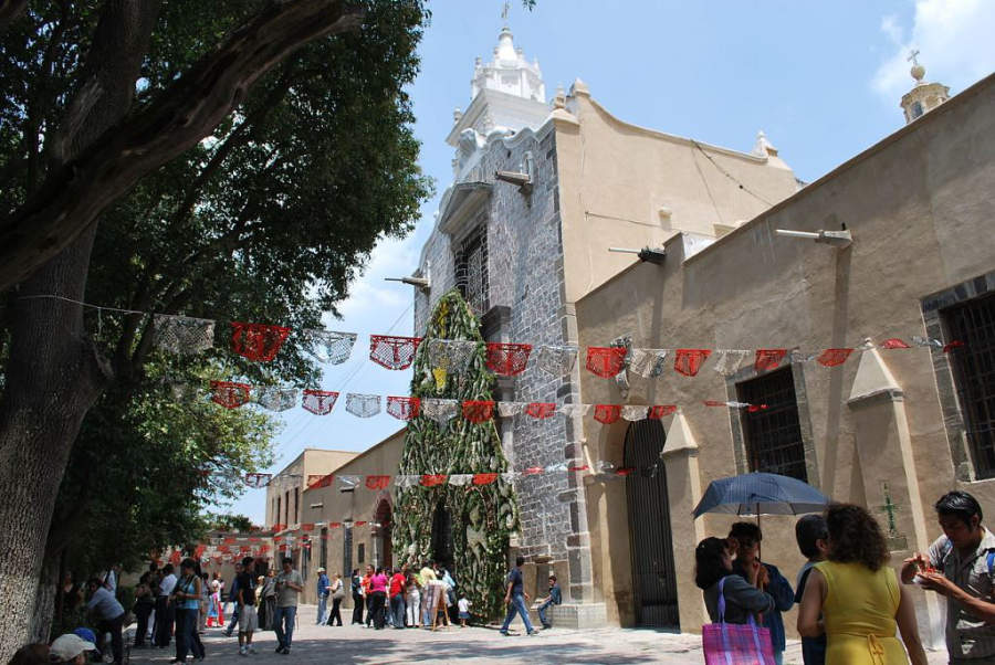 Iglesia de San Pedro Apóstol en Tepotzotlán