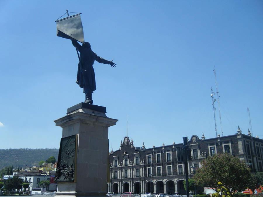 Vista del Palacio de Gobierno en el centro histórico de Toluca