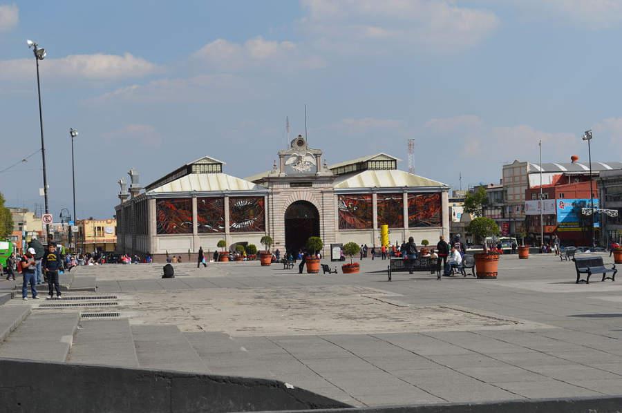 El edificio del Jardín Botánico Cosmovitral de Toluca es de estilo art nouveau