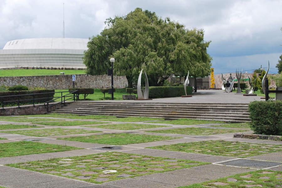 Explanada del Museo de Arte Moderno de Toluca