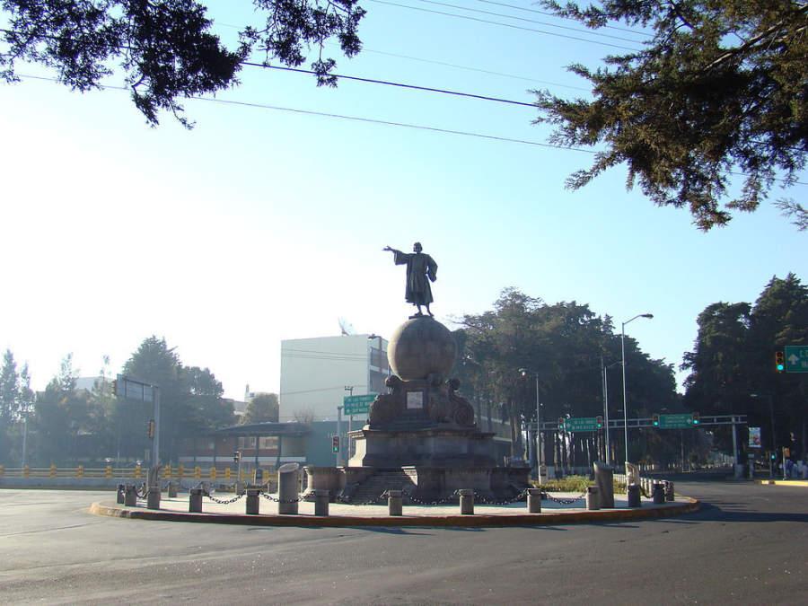 Monumento a Cristobal Colón en Toluca de Lerdo
