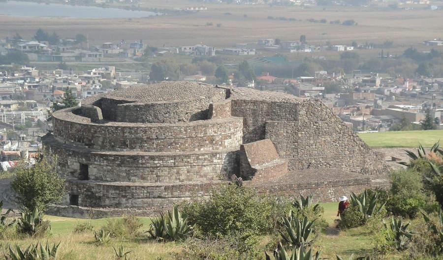 Templo de Ehécatl en el sitio arqueológico Calixtlahuaca, cerca de Toluca