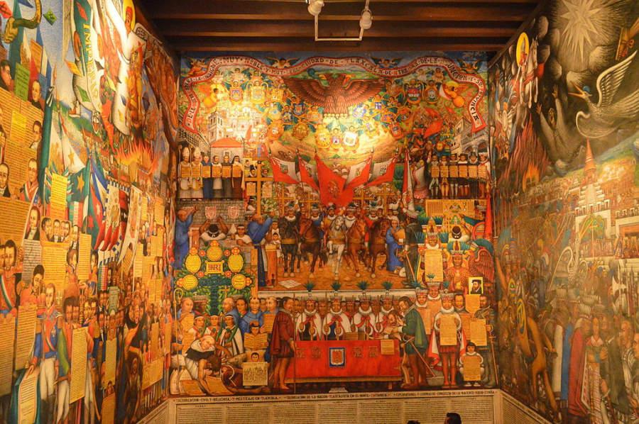 Mural interior del Palacio de Gobierno de Tlaxcala