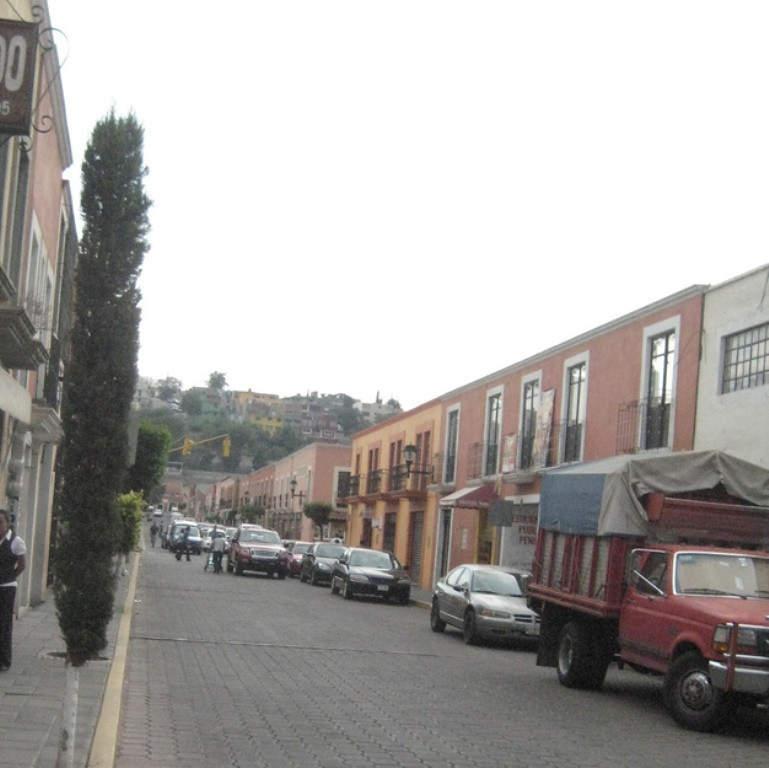 Avenida Allende, una de las vías mas importantes de Tlaxcala