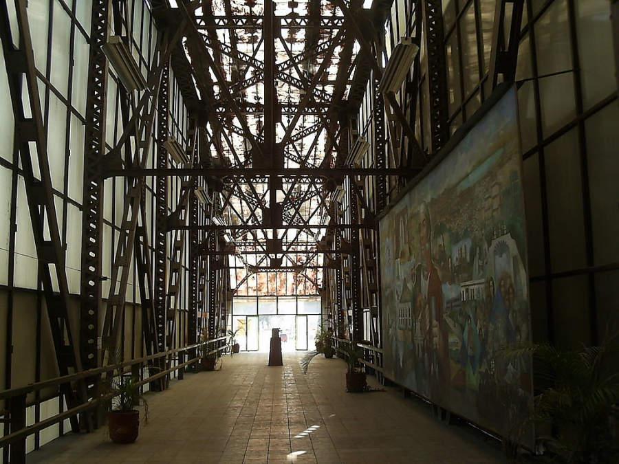 Interior del museo Puente de Arte en Ecatepec