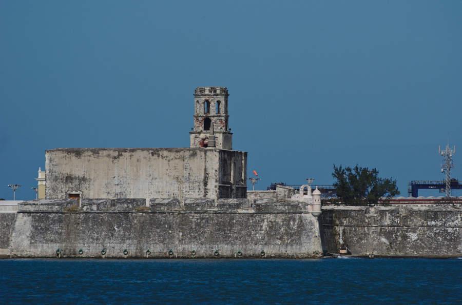 El Fuerte de San Juan de Ulúa es una antigua fortaleza ubicada en Veracruz