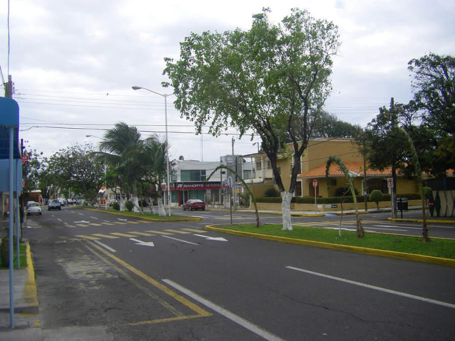 Avenida Las Américas en la ciudad de Veracruz