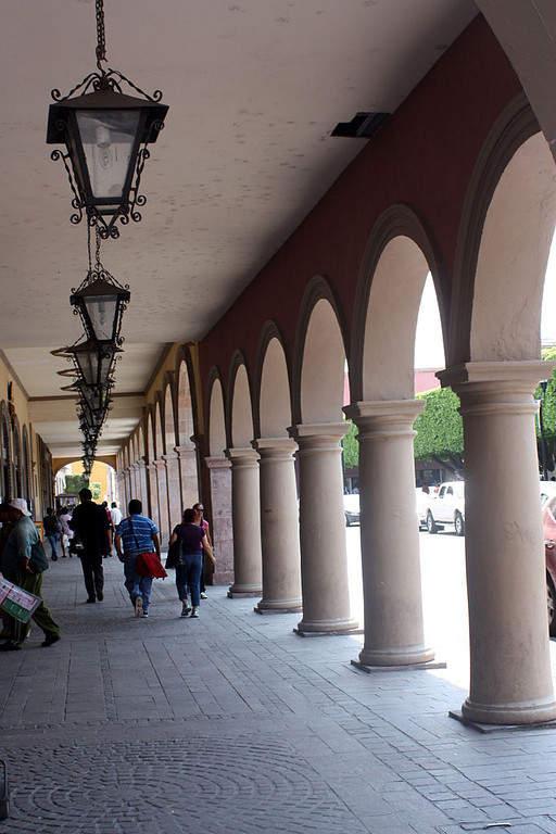 Los arcos son característicos de algunos edificios en Celaya