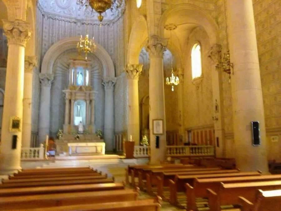 Interior de la Parroquia de Santiago Apóstol en Silao, Guanajuato