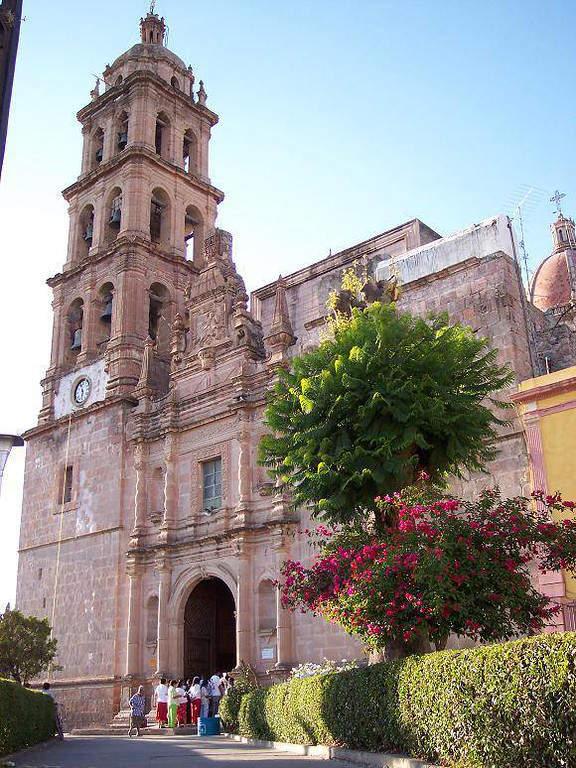 Parroquia de Santiago Apóstol en Silao
