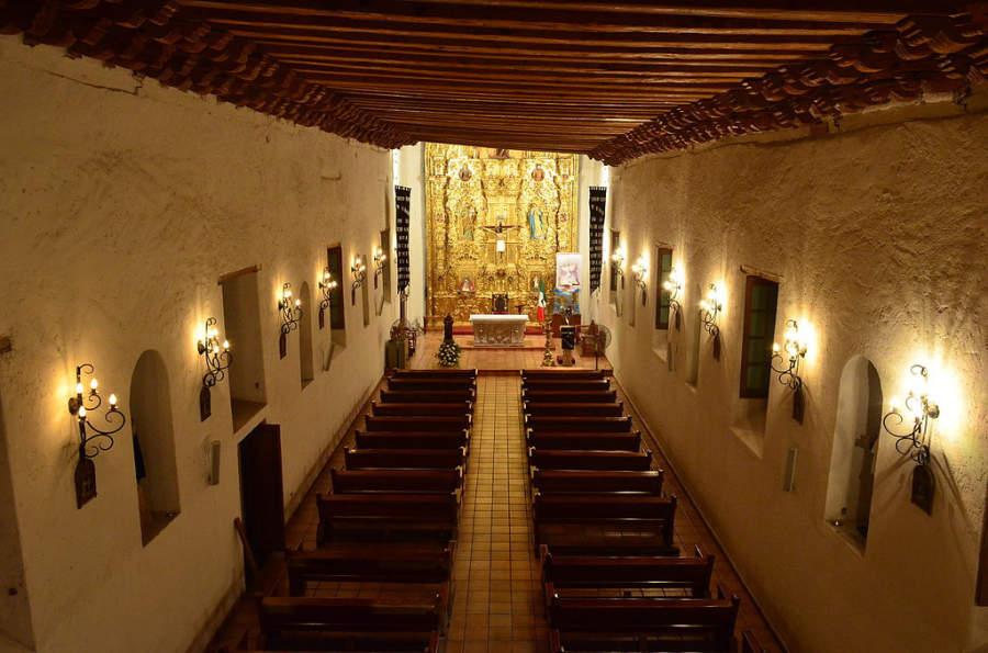 Interior de la Parroquia de San Francisco de Asís