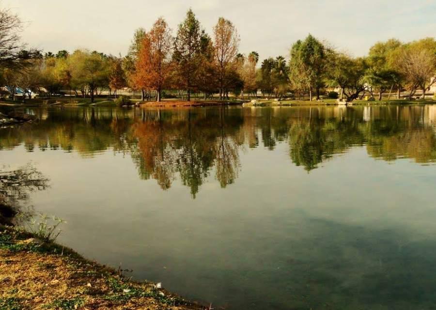 Lago dentro del Parque Xochipilli en Monclova