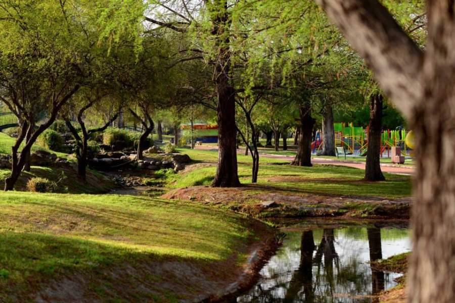 El Parque Xochipilli cuenta con más de 80 hectáreas de jardines