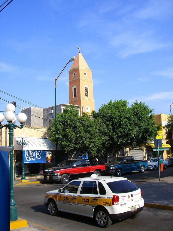 Una calle del centro de la ciudad de Nuevo Laredo