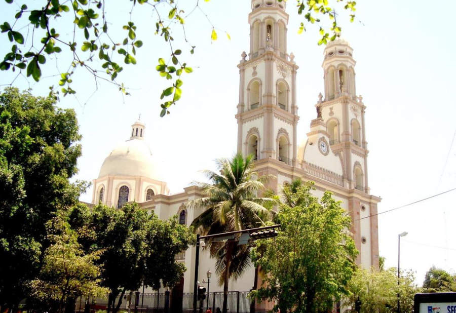 Panorámica de la Catedral de San Miguel Árcangel de Culiacán