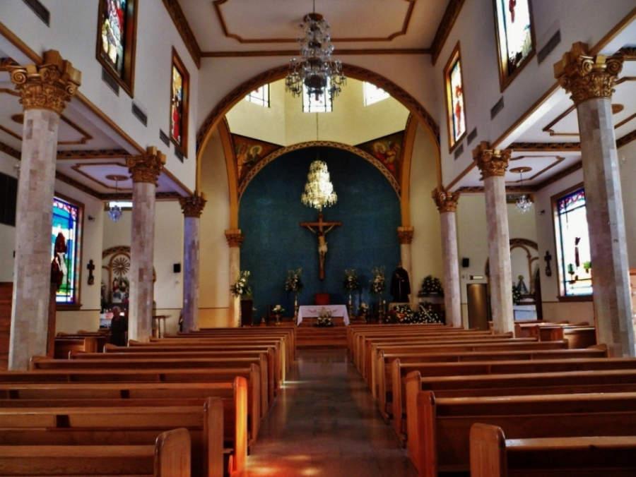 Interior de la Iglesia de San Francisco de Asís