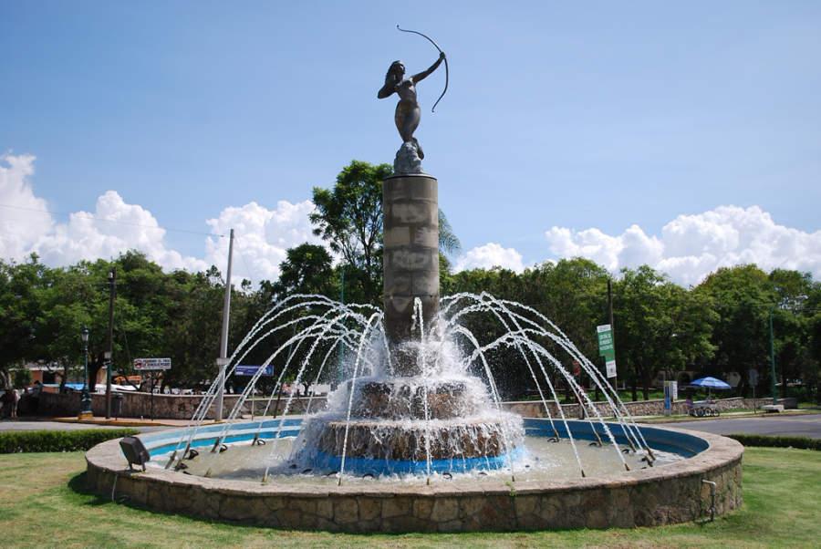 Monumento de La Diana Cazadora en Ixtapan de la Sal
