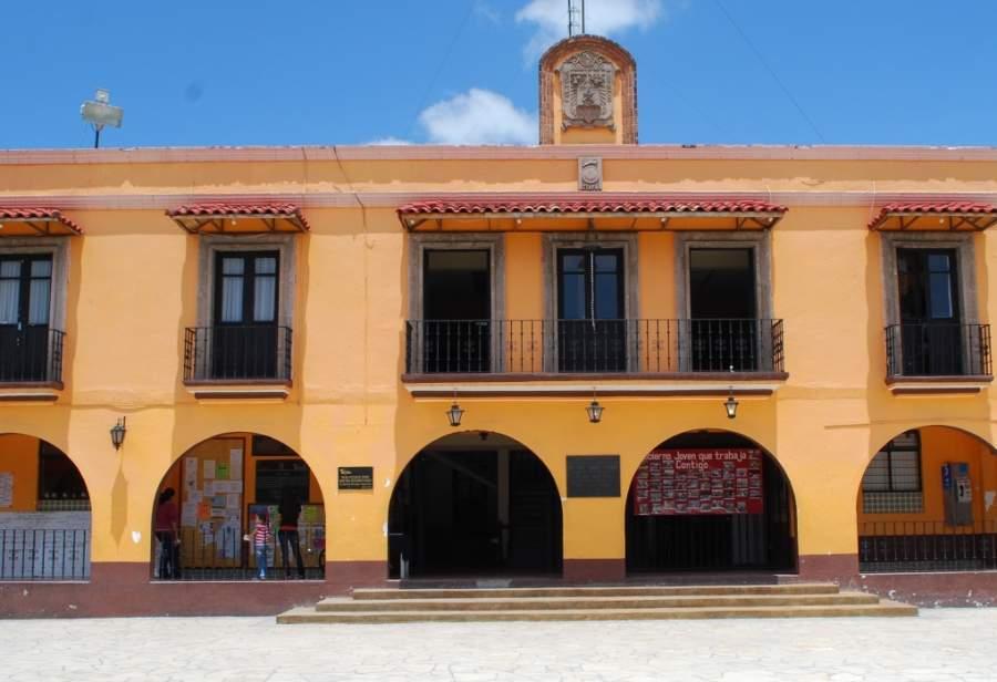 Palacio Municipal de la localidad de Ixtapan de la Sal
